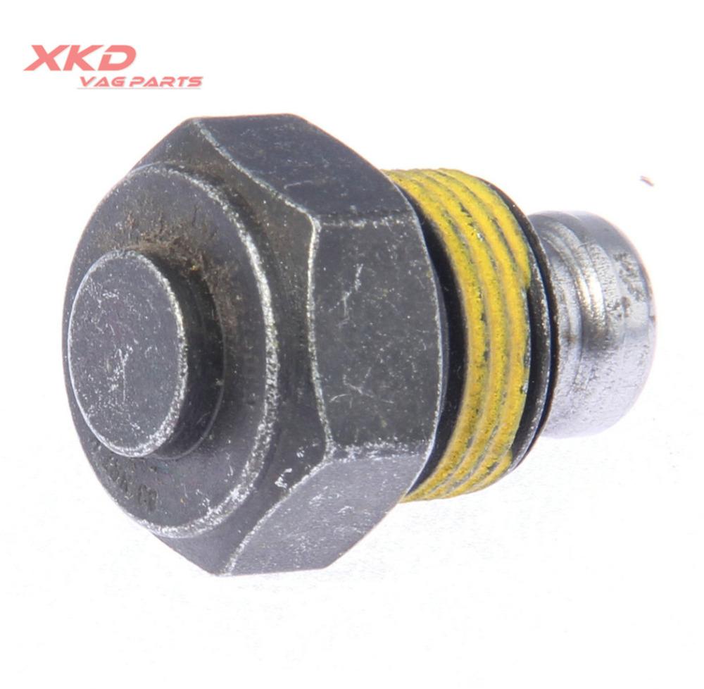 [해외]VW 비틀 용 5 단 수동 변속 잠금 나사 98-01 골프 89-99 제타 89-01 Scirocco 84-89 020 301 241 C/5-Speed Manual Transmission Locking Screw For VW Beetle 98-01 Golf 89